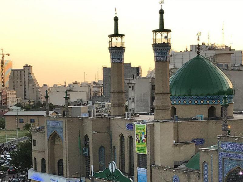 مسجد الرسول واقع در سعادت آباد