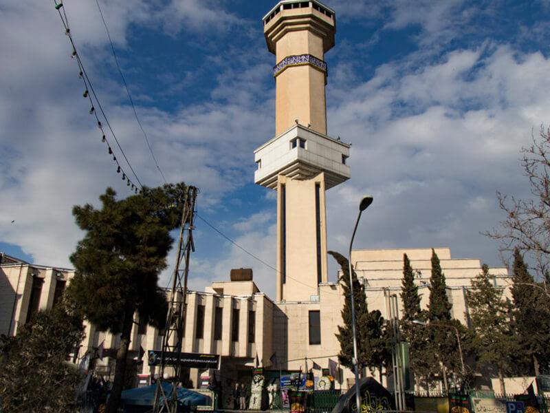 مسجد نظام مافی واقع در خیابان آیت الله کاشانی